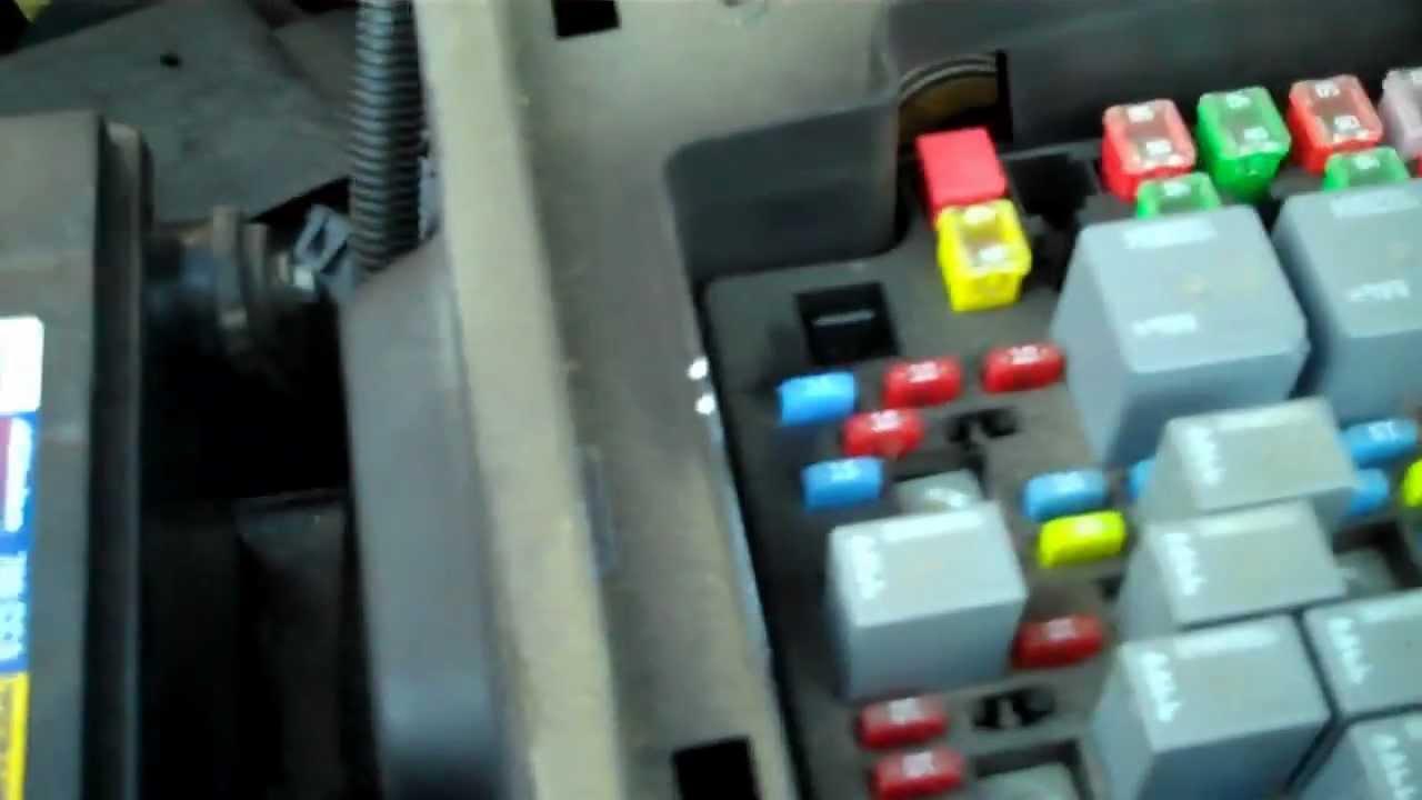 Chevrolet Silverado Problem , Trailer Running Lights Would Not Work - 2006 Chevy Silverado Trailer Wiring Diagram