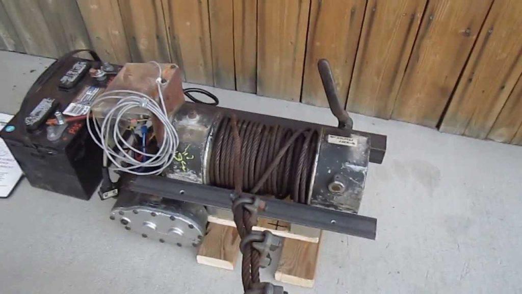 Ramsey Dc-200 8000-lb Winch 12-vdc In Operation